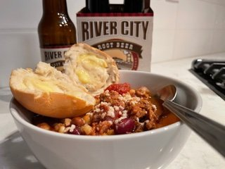 chili bowl with river city rootbeer